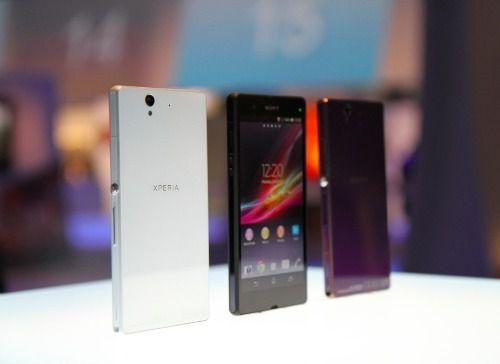 htc-one-blackberry-z10-sony-xperia-z-vs-iphone-5-nexus-4-nokia-lumia-920-samsung-galaxy-s3