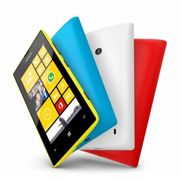 Nokia_Lumia_520_Family_2
