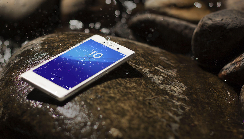 Sony Xperia M4 Aqua, mid range impermeabile annunciato al MWC