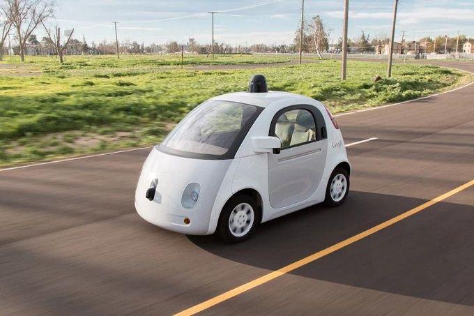 Google Car finalmente su strada