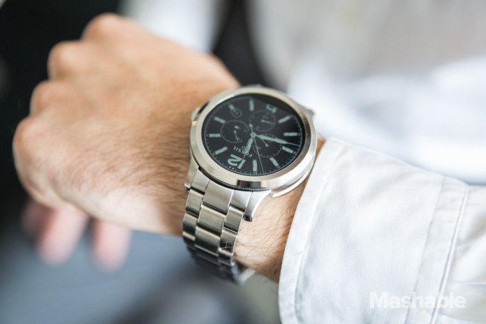 Fossil presenta lo smartwatch Q Founder