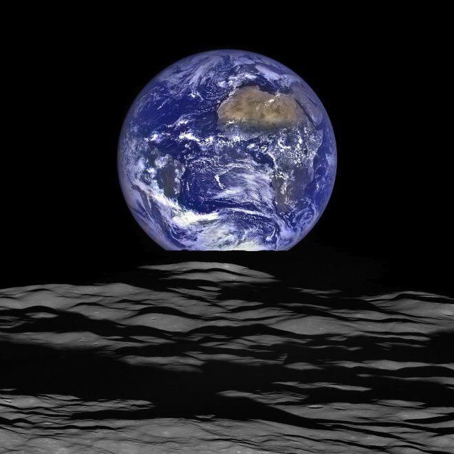 Terra sorge dalla Luna