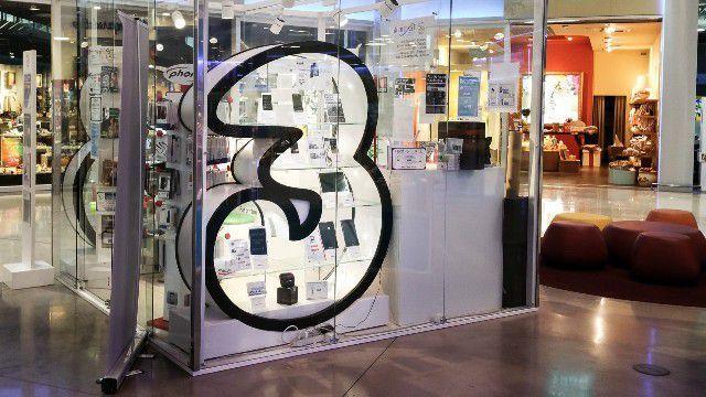 400 minuti, 400 sms e 4GB di internet a 5€ al mese