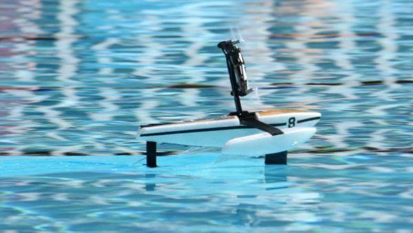 Parrot Hydrofoil, robot ibrido,