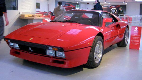 Ferrari_288_GTO
