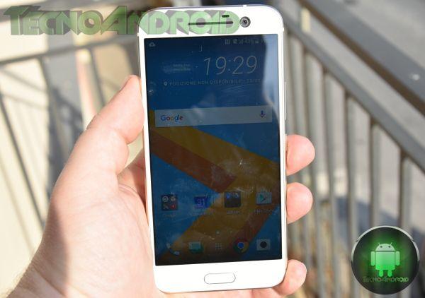 HTC 10 (9)