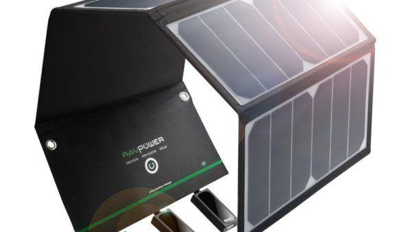 RAVPower 24W Caricabatterie Solare con 3 porte USB, la recensione (2)