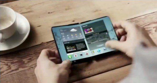Un concept di un dispositivo Samsung con doppio display