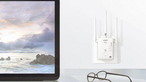 aukey-ripetitore-wi-fi-dual-band-con-tre-antenne