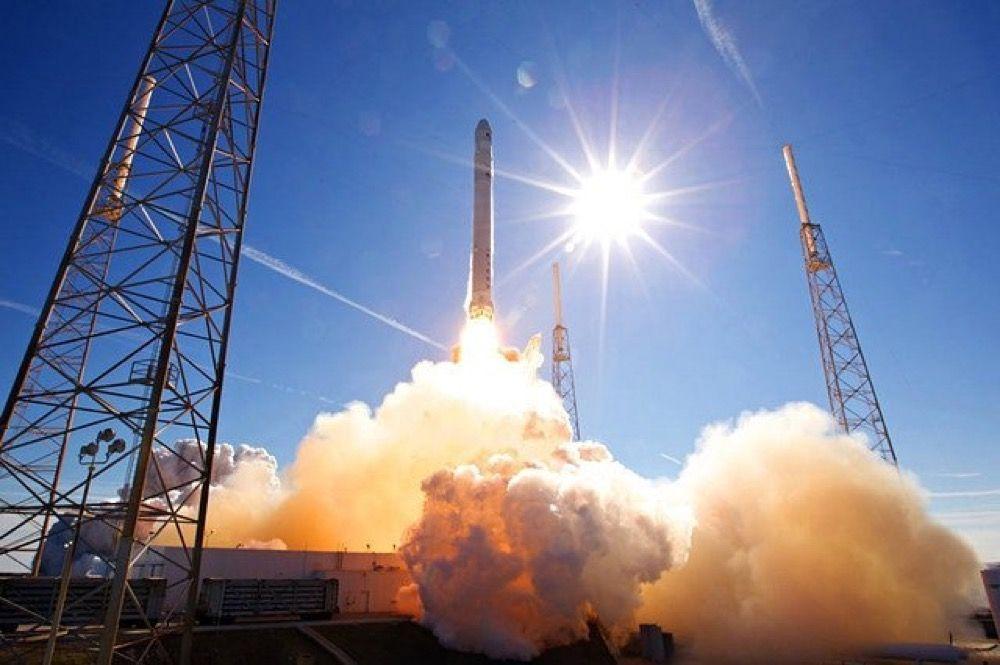 SpaceX: esploso Amos 6, il primo satellite di Facebook diretto su Marte