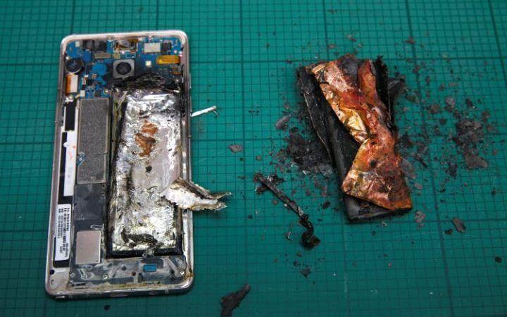Galaxy Note 7: il phablet ritirato da Samsung è una vera 'bomba' ambientale