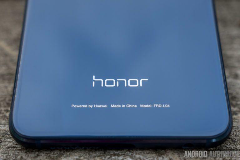 Honor presenta i nuovi smartphone Holly 3 e Honor 8 Smart
