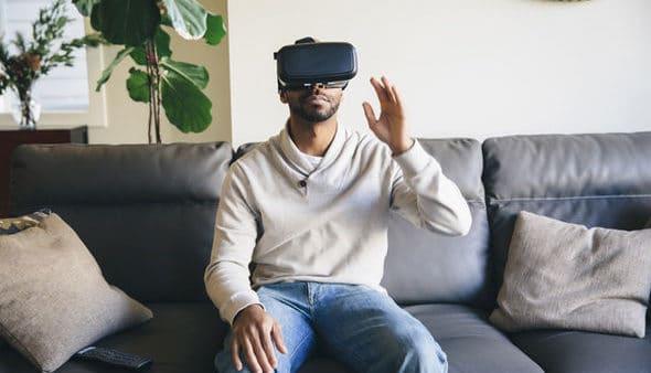 La macrofilia e la realtà virtuale