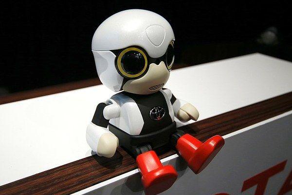 Tokyo: Toyota presenta il mini robot Kirobo [GALLERY]