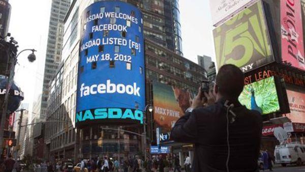 Facebook crolla in borsa