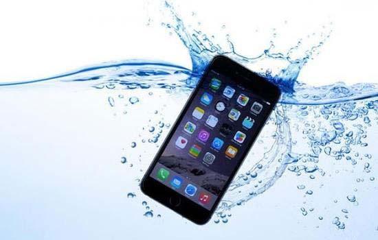 iPhone 8 waterproof