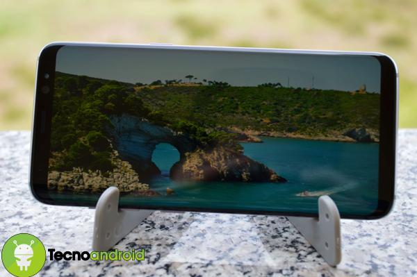 Samsung galaxy s8 dichiarato il migliore smartphone dell for Smartphone migliore fotocamera 2017