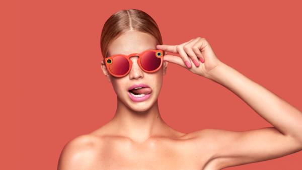 Snapchat lancia Spectacles, gli occhiali diventano social