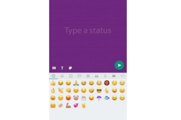 WhtasApp: in arrivo gli stati colorati in stile Facebook