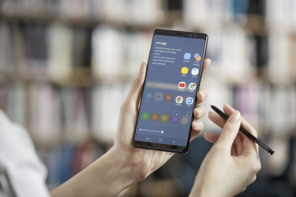 Galaxy Note 8: Vodafone lancia le offerte per acquistare il nuovo phablet
