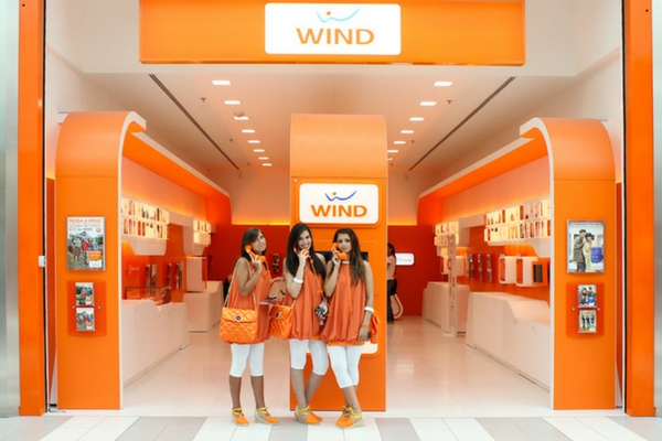 Wind Smart Star Limited Edition offre 1000 minuti e 10 GB 4G""
