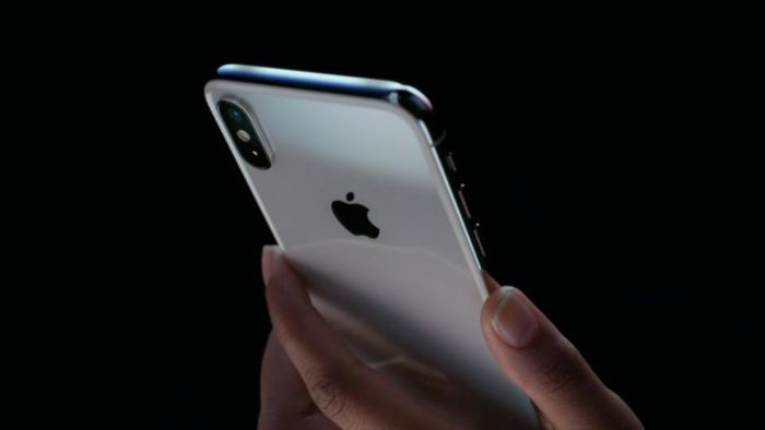 Il Face ID di iPhone X è stato bypassato da una maschera