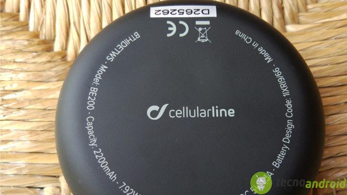 Cellularline Hide