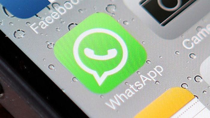 WhatsApp: il pericolo è grande, ecco il messaggio che prosciuga la carta di credito