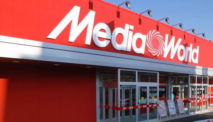 MediaWorld: il volantino a confronto con Unieuro e Euronics, ecco il Fuoritutto