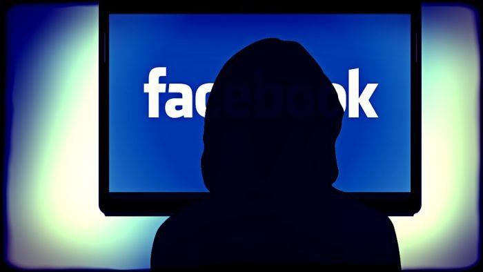 facebook multa