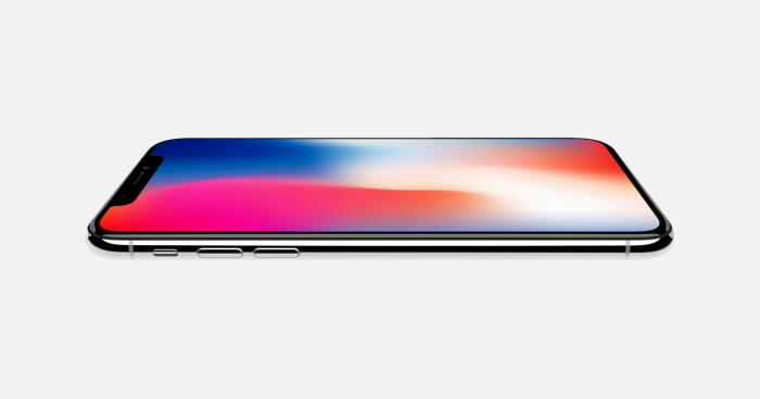 iPhone X e la sfida contro il tagliaerba