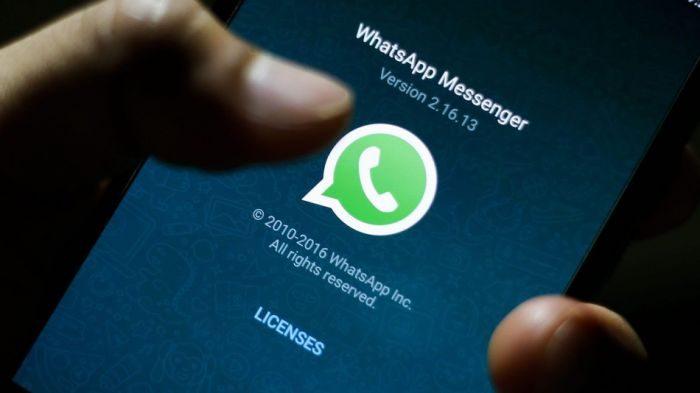 Troppi auguri di fine anno? Whatsapp è fuori uso