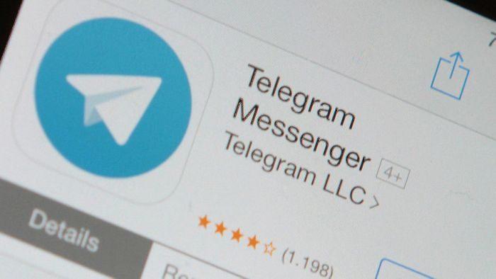 WhatsApp ha un nemico in meno: rimosso ufficialmente Telegram dall'App Store