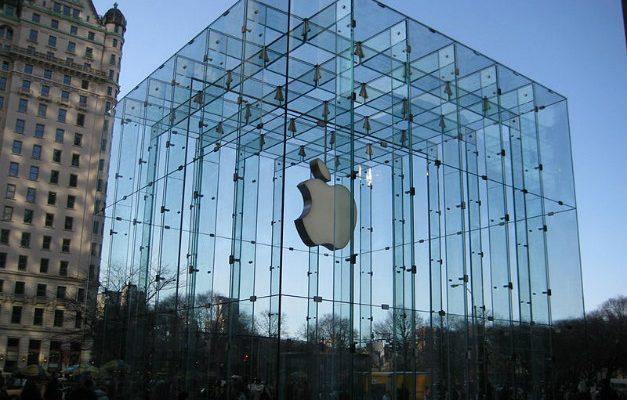 Iniziata la causa tra Apple e gli attivisti dell'Attac
