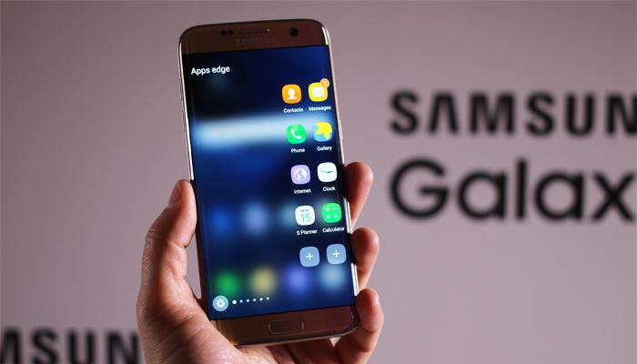 Samsung Galaxy S7 e S7 Edge iniziano a ricevere Android 8.0 Oreo