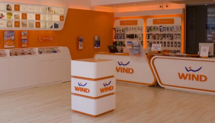Wind distrugge TIM e Vodafone con la nuova offerta con Sky e 100 Giga in 4G