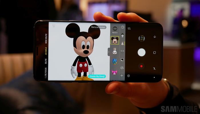 AR Emoji di Topolino e Minnie su Samsung Galaxy S9