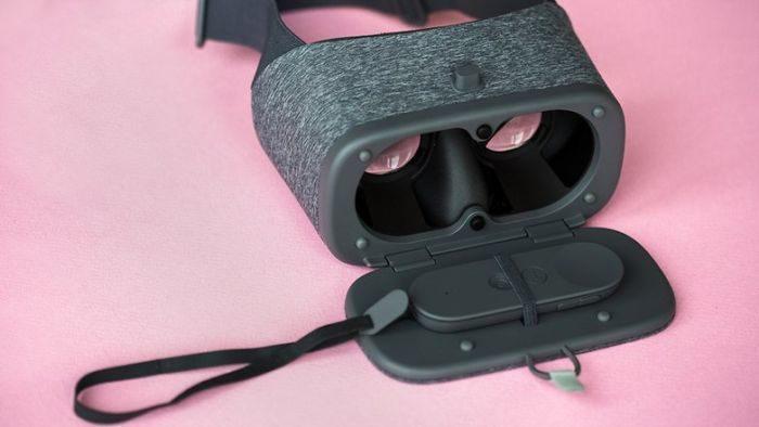 Google DayDream VR smartphone