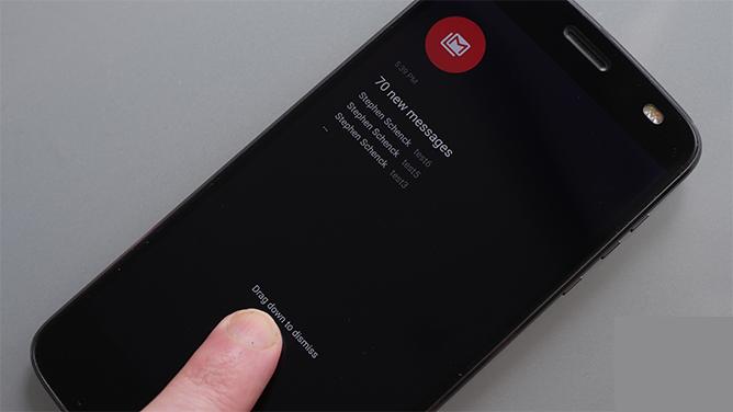 Motorola moto display update