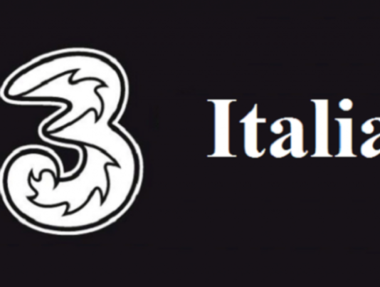 3 Italia batte Vodafone e TIM con le offerte ALL-IN: minuti illimitat, 30 Giga e Netflix