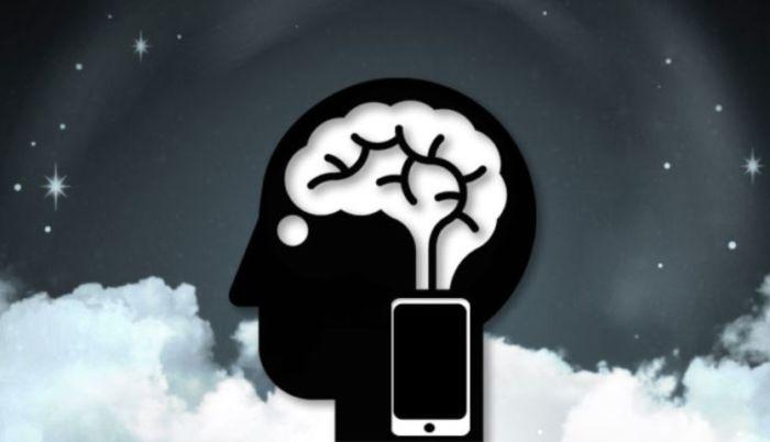 Smartphone: come i suoi effetti annientano il vostro cervello