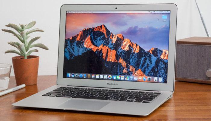 Apple sostituisce gratuitamente la batteria di alcuni MacBook