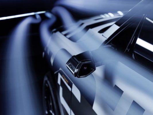 Audi e-tron senza specchietti
