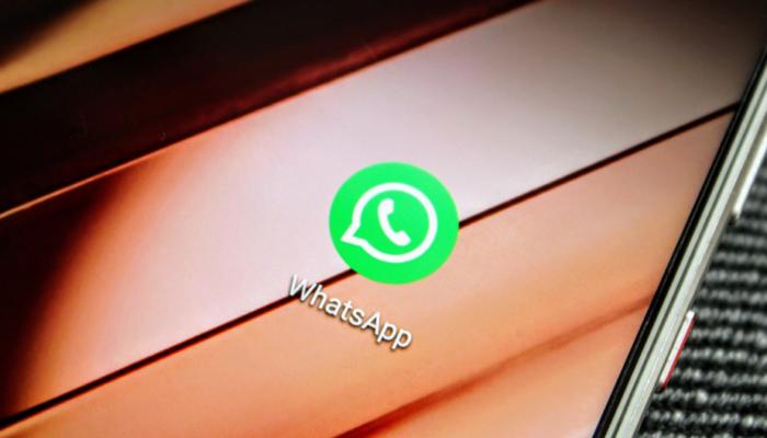 WhatsApp: il trucco migliore per fare a tutti gli auguri di Natale in pochi minuti