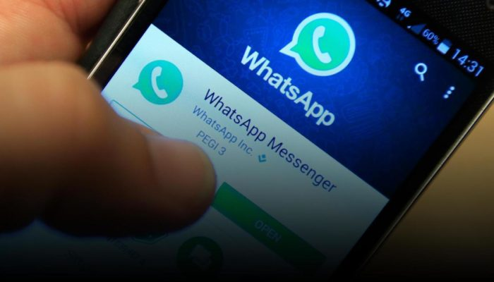 WhatsApp limita a cinque il numero di messaggi che possono essere inoltrati