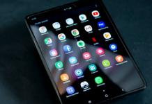 samsung-dispaly-smartphone