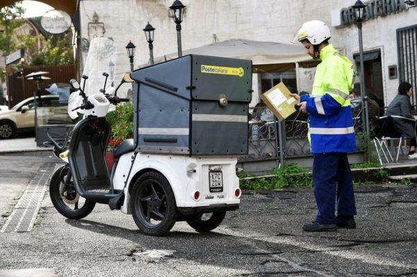 Poste Italiane e Amazon: nuovo servizio di consegna in giornata a Padova