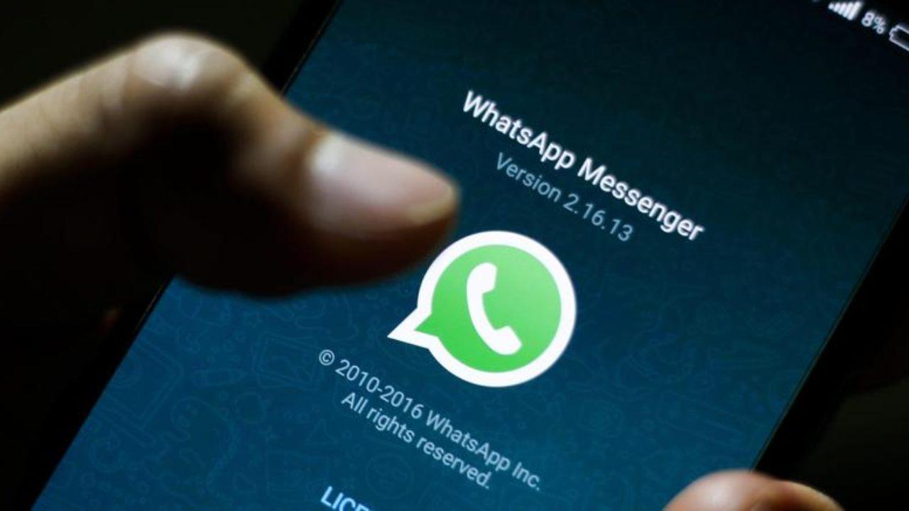 Whatsapp sbaglia l'ora: arriva un nuovo problemi per la chat