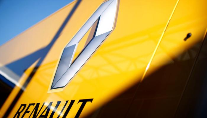 Fca (+3,6%) corre in Borsa, torna in auge piano fusione Renault