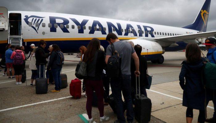 I piloti Ryanair incrociano le braccia: sciopero il 22 e 23 agosto